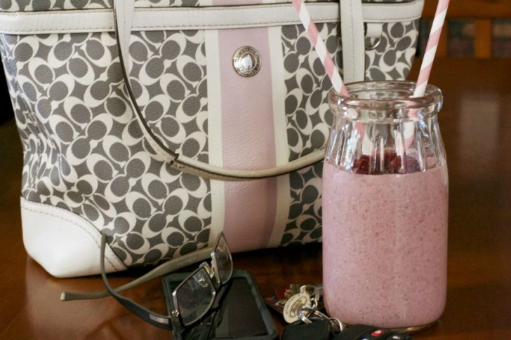Smoothie Recipes - Raspberry Chia Smoothie Recipe.